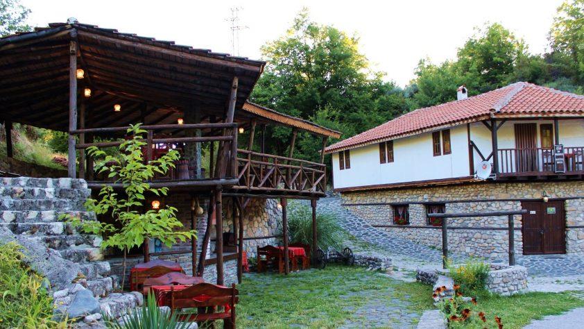Почивка край Мелник | Къща за гости Мелнишките Пирамиди