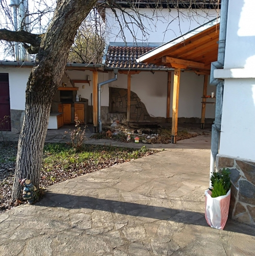 Къща за гости в Павел баня | Вила Долината на розите