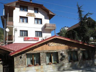 Настаняване в Чепеларе | Семеен хотел Чепеларе